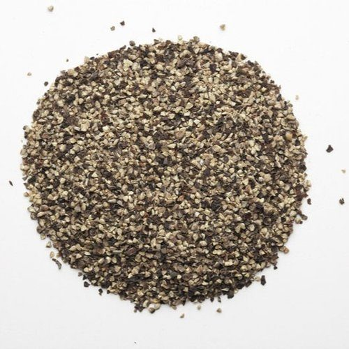 crushed black pepper