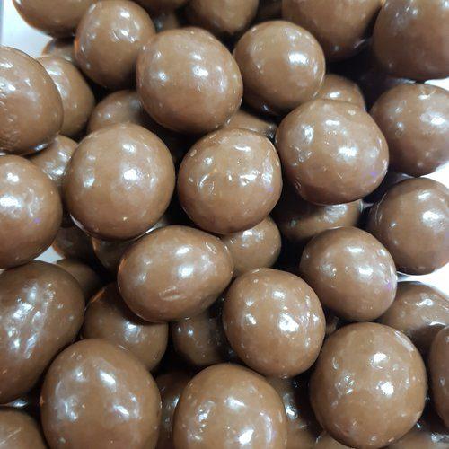 organic milk chocolate macadamias